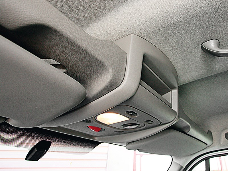 Renault Master 2010 кабина