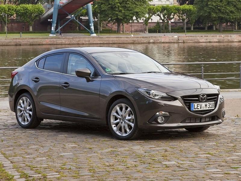 Mazda 3 2013 вид спереди