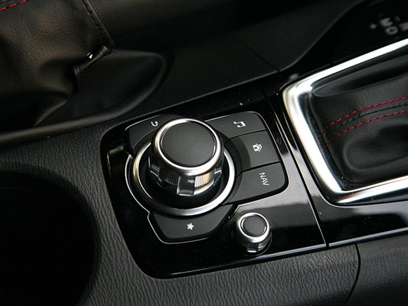 Mazda 3 2013 салон