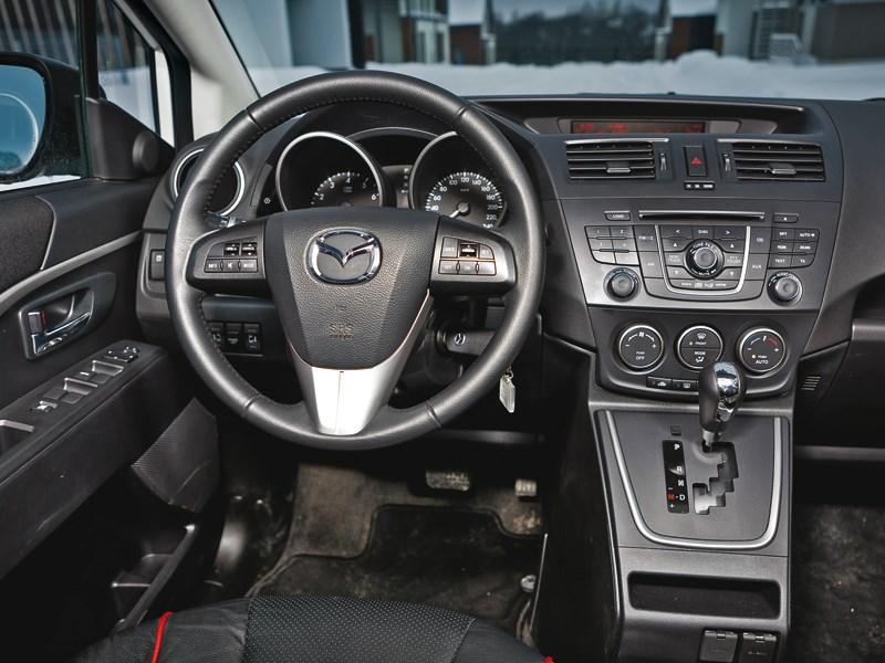 Mazda 5 2011 водительское место