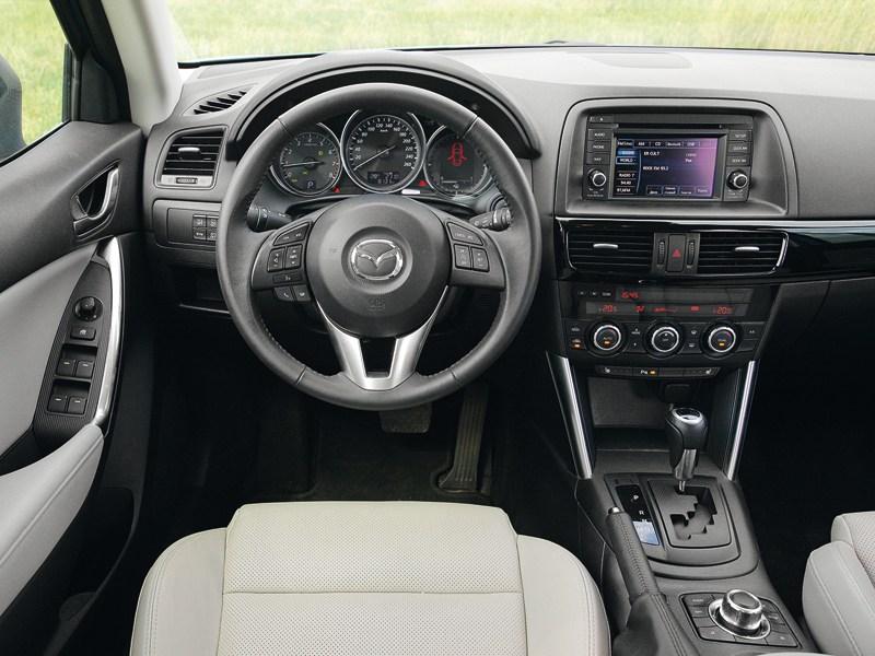Mazda CX-5 водительское место