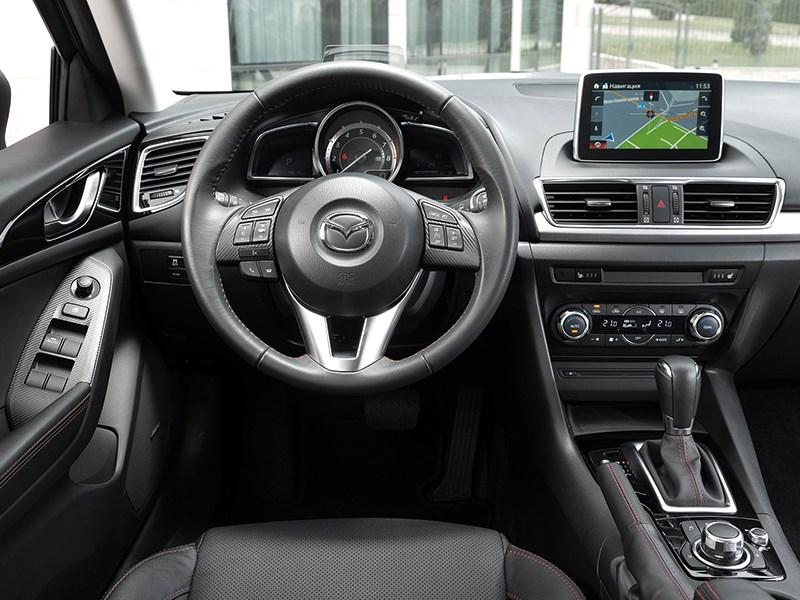 Mazda 3 2013 водительское место фото 1
