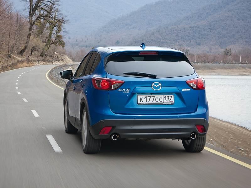 Mazda CX-5 2012 вид сзади