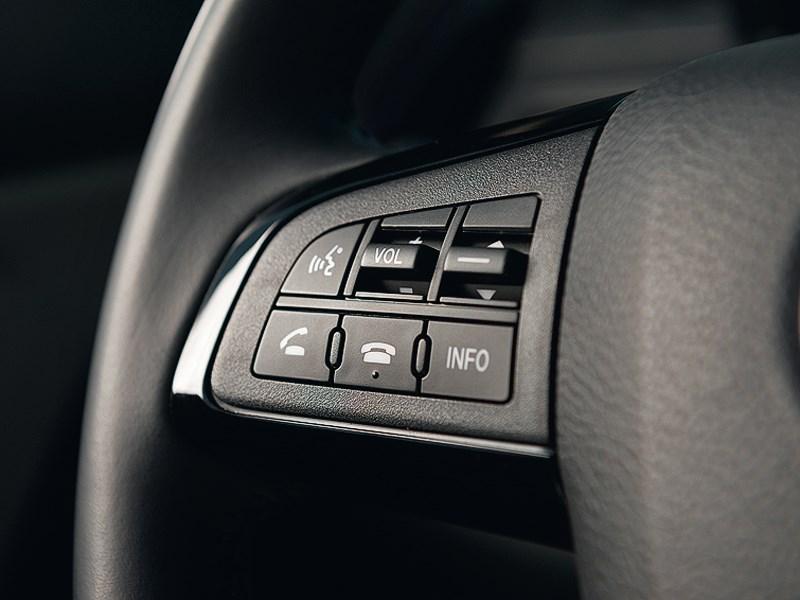 Mazda CX-9 2013 кнопки управления на руле
