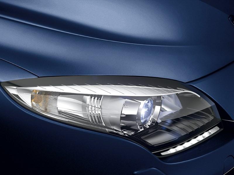 Renault Megane 2013 передняя фара