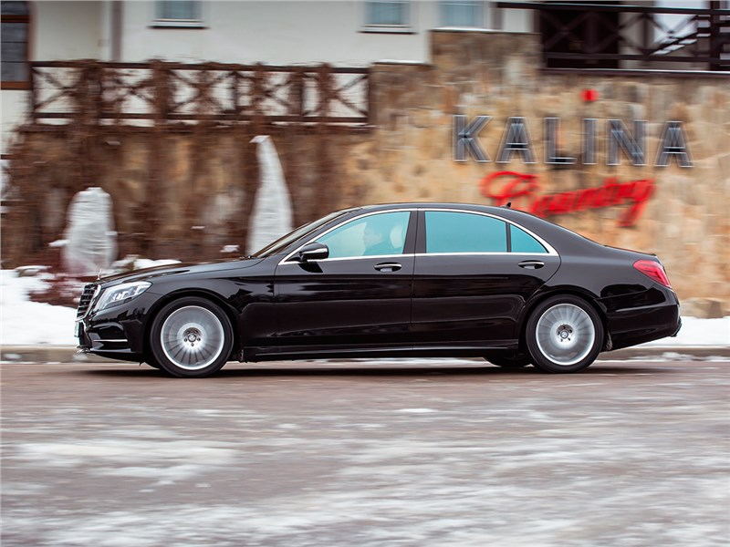 Mercedes-Benz S500 AMG 2014 вид сбоку