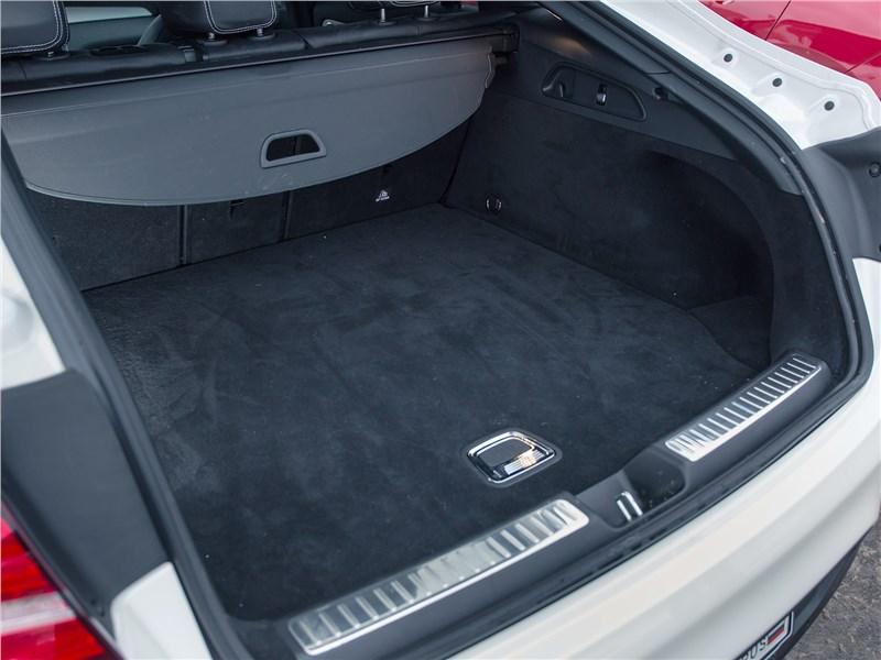 Mercedes-Benz GLC Coupe 2017 багажное отделение