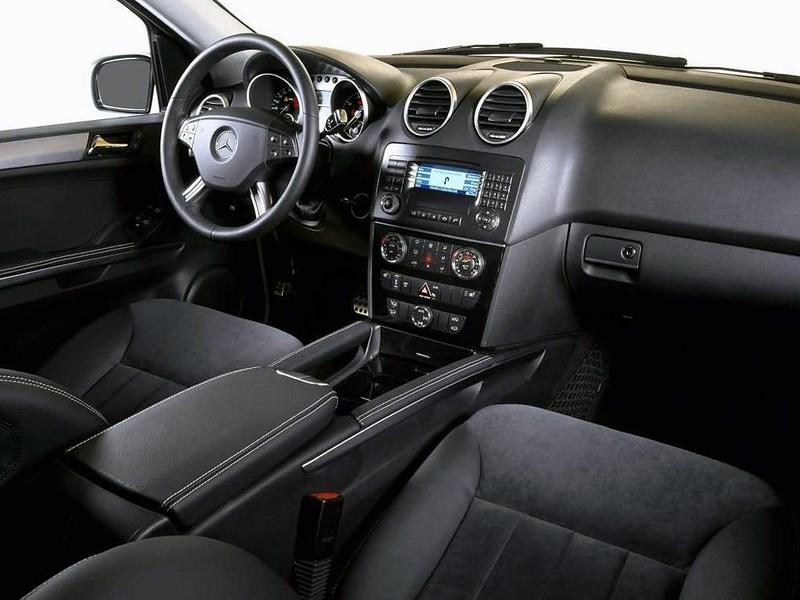 Mercedes-Benz M-Klasse 2005 приборы и органы управления