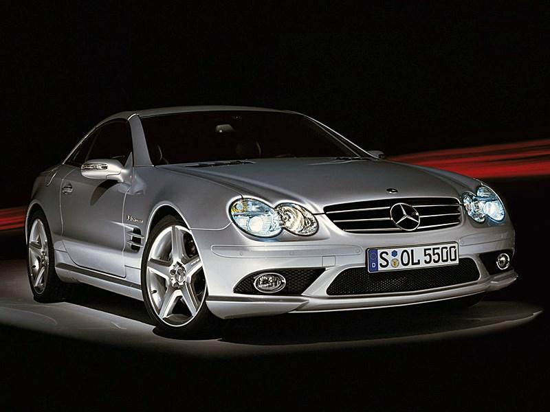 Mercedes-Benz SL55 AMG 2006 вид с закрытой крышей