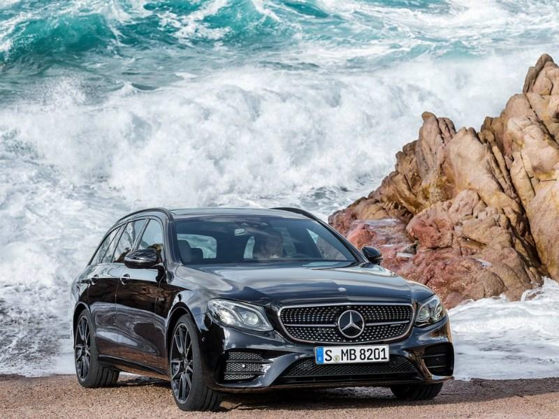 Mercedes-Benz объявил стоимость E-Class Estate для российского рынка