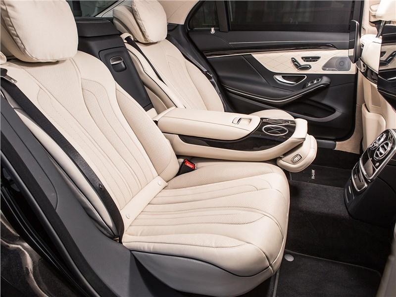 Mercedes-Benz S-Class 2018 задние кресла