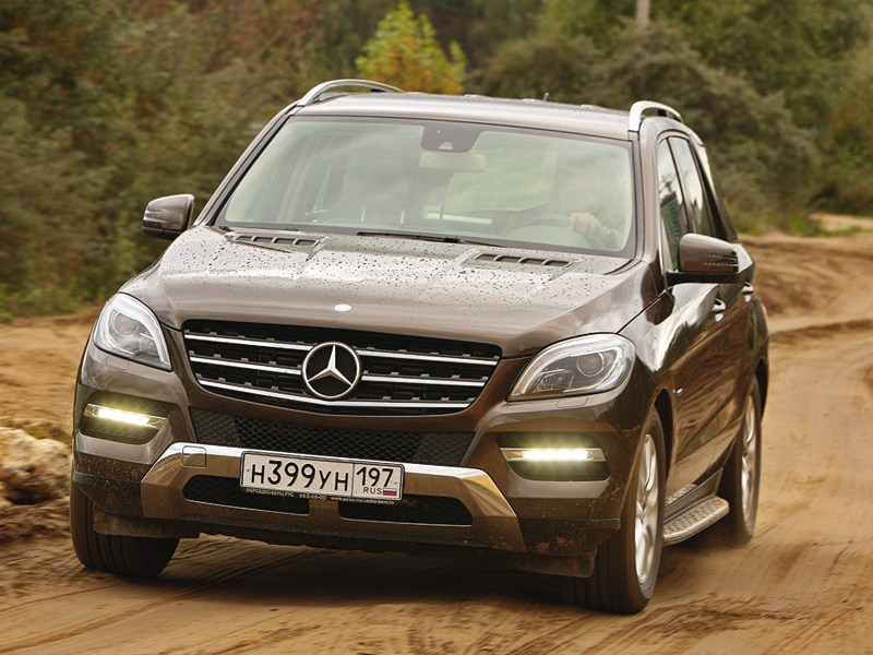 Mercedes-Benz ML 350 CDI 4Matic 2012 вид спереди