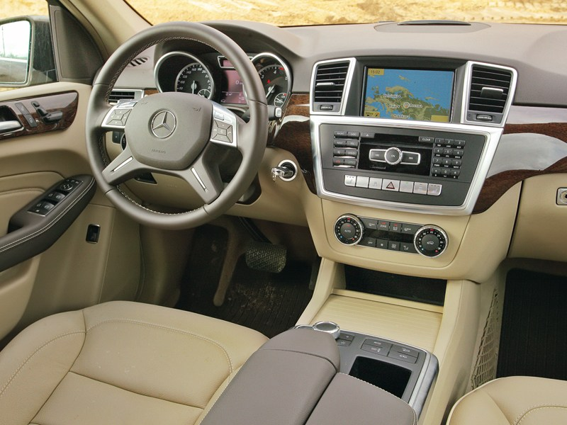 Mercedes-Benz ML 350 CDI 4Matic 2012 двухцветный вариант салона фото 1