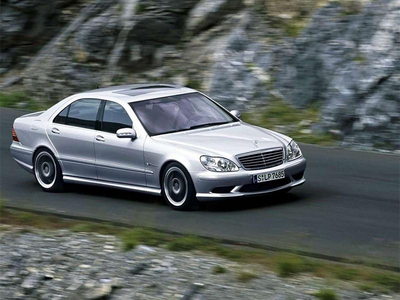 Mercedes-Benz S-Klasse 2004 вид спереди