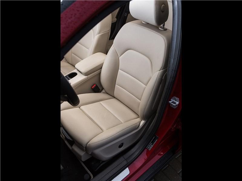 Mercedes-Benz GLA-klasse 2017 переднее кресло