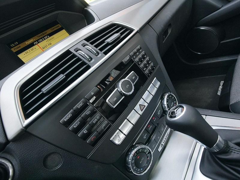 Mercedes-Benz C-Klasse 2012 консоль управления