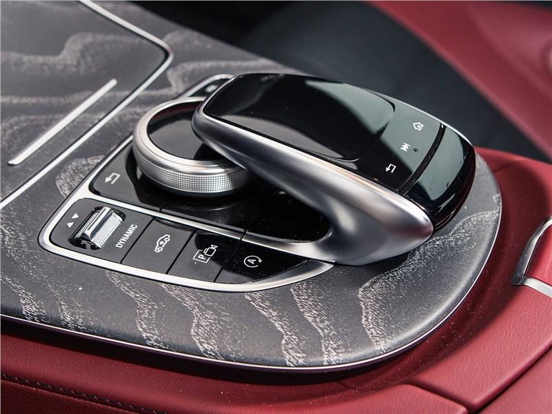 Mercedes-Benz CLS 2019 тачпад