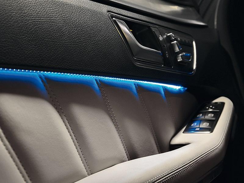 Mercedes-Benz E-Klasse 2013 кнопки на двери