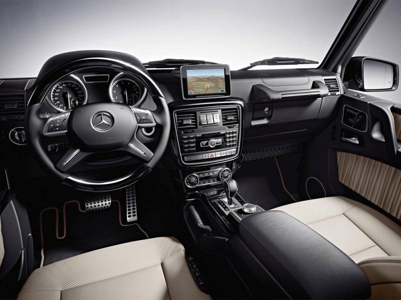 Mercedes-Benz G-Klasse 2012 вид спереди