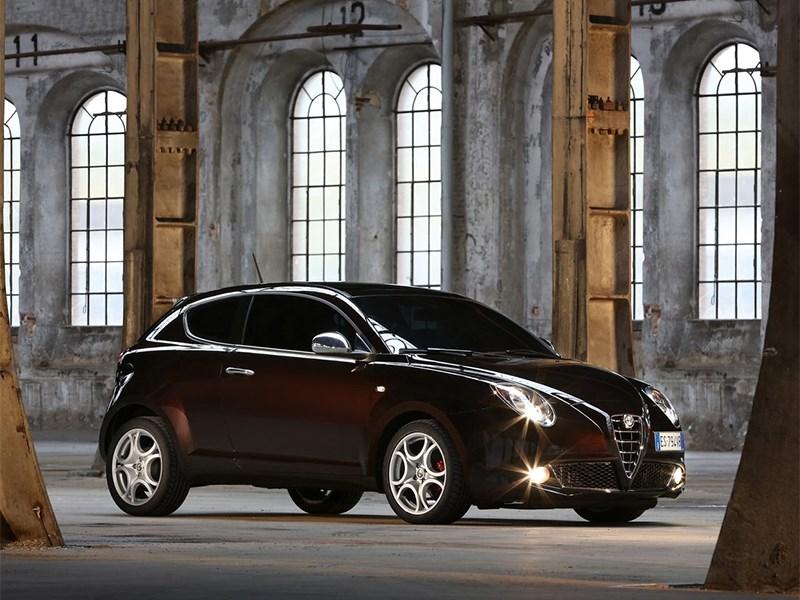 Alfa Romeo MiTo 2014 вид сбоку