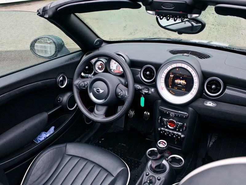 MINI Cooper S Roadster 2012 водительское место