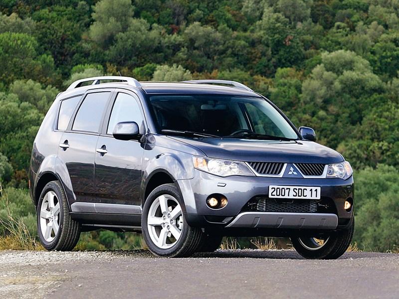 Mitsubishi, Outlander XL