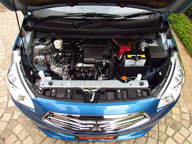 Mitsubishi Attrage 2013 двигатель