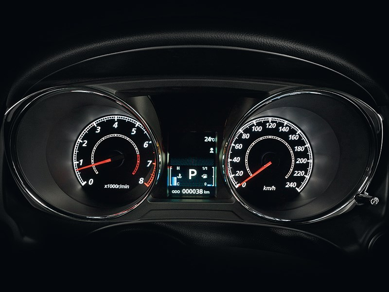 Mitsubishi ASX 2013 приборная панель