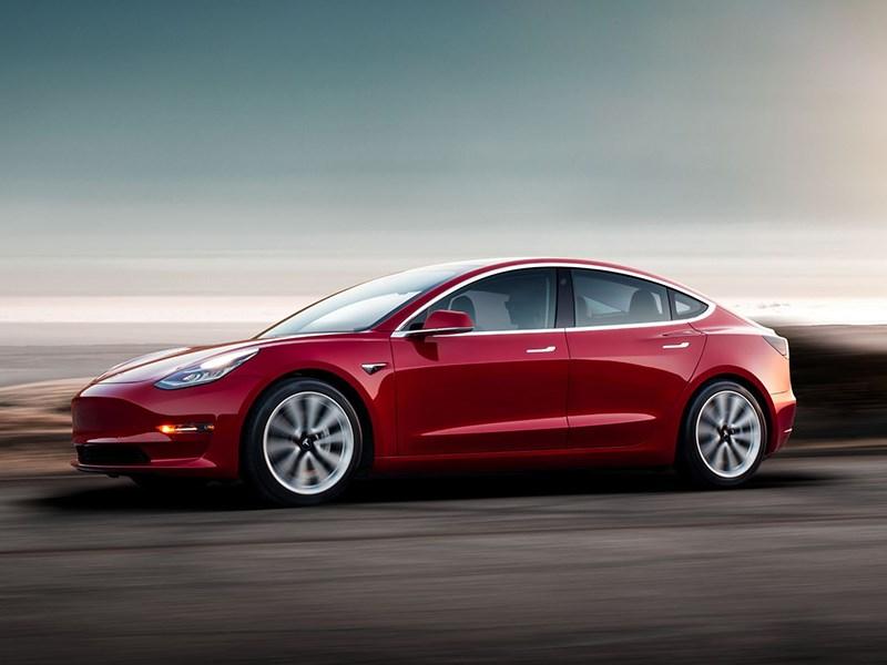 Илон Маск признал наличие проблемы стормозами вTesla Model 3