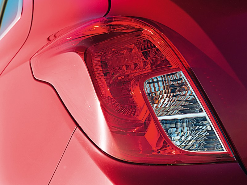 Opel Mokka 2013 задний фонарь