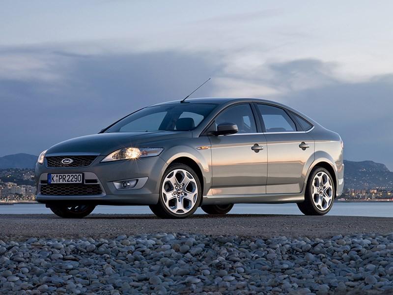 Ford Mondeo 2007 хэтчбек фото слева спереди