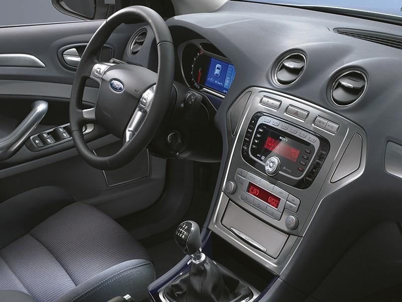 Ford Mondeo 2007 приборы и органы управления