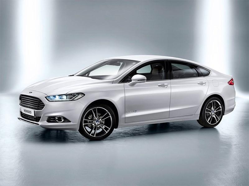 Ford Modeo 2013 вид спереди