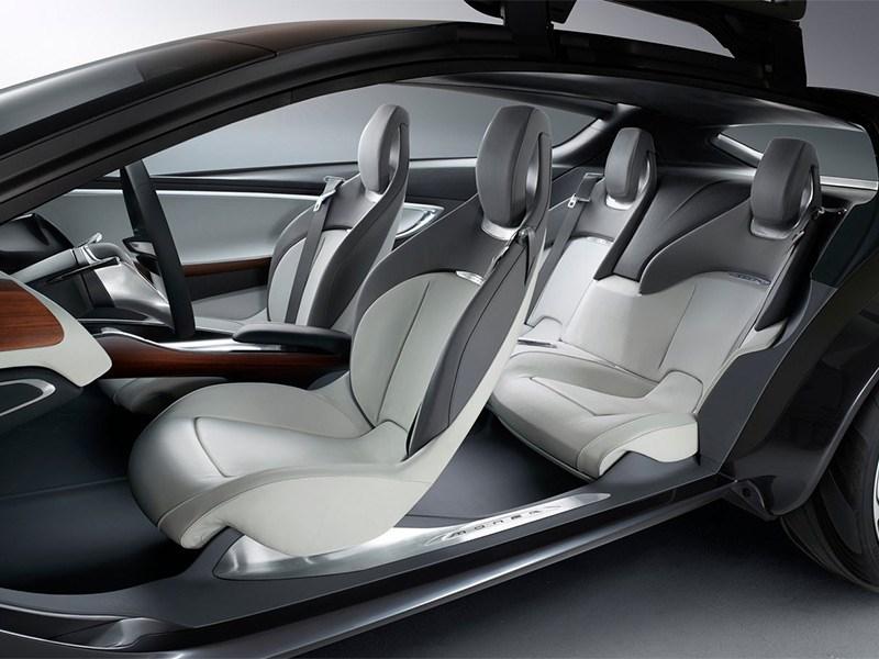 Opel Monza концепт 2013 салон