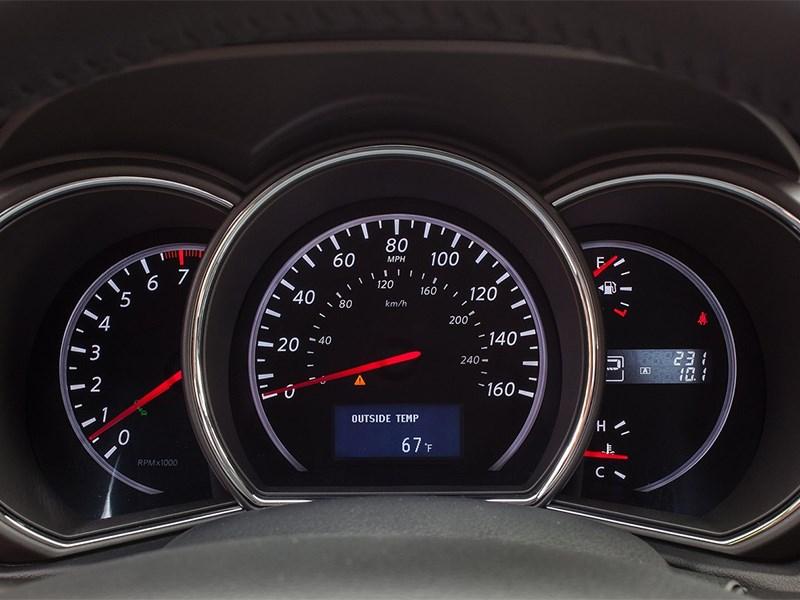Nissan Murano 2013 приборная панель