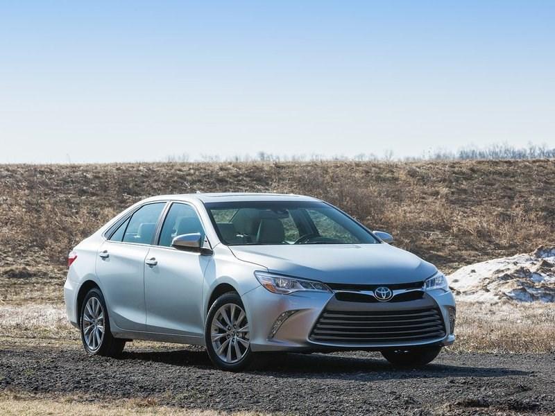 Российские продажи Toyota в августе сократились на 4,1 процента
