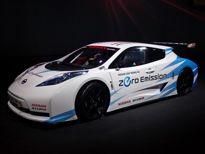 Nissan показал на ММАС-2012 спортивный электромобиль