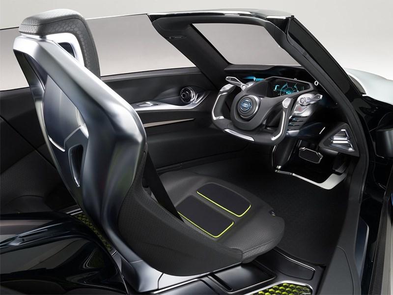 Nissan BadeGlayder concept 2013 салон