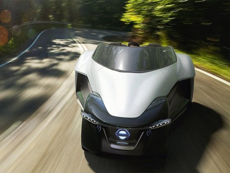 Nissan BadeGlayder concept 2013 вид спереди в лесу
