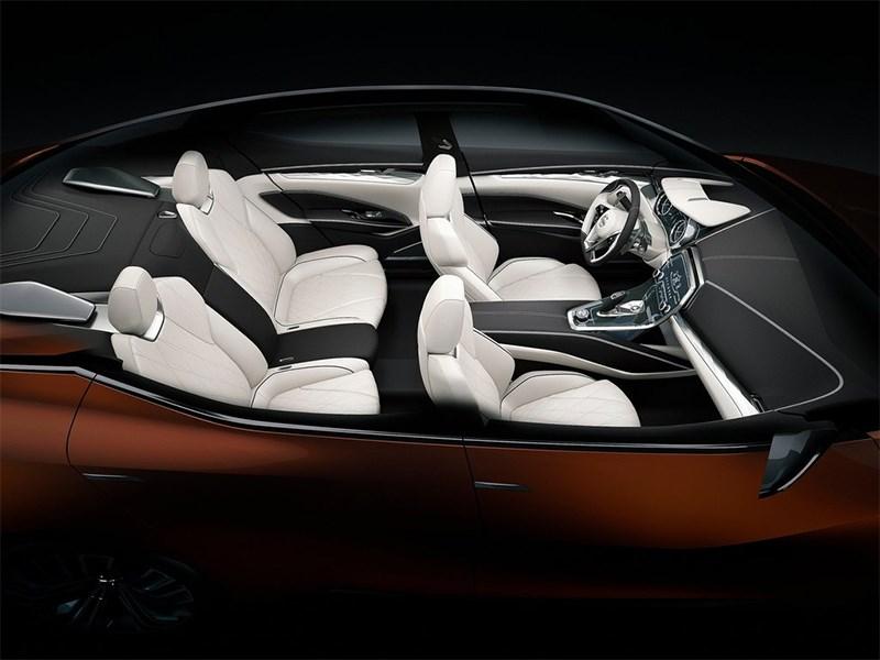 Nissan Sport Sedan concept 2014 салон