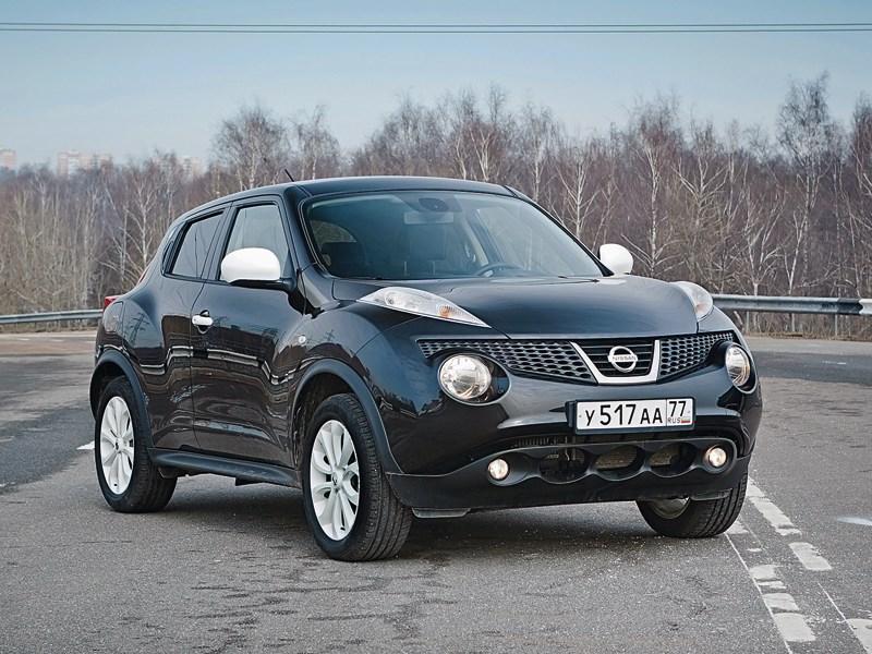 Nissan Juke 2012 вид спереди