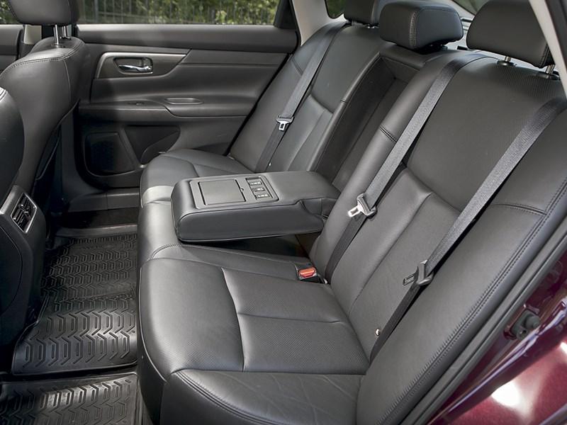 Nissan Teana 2013 задний диван