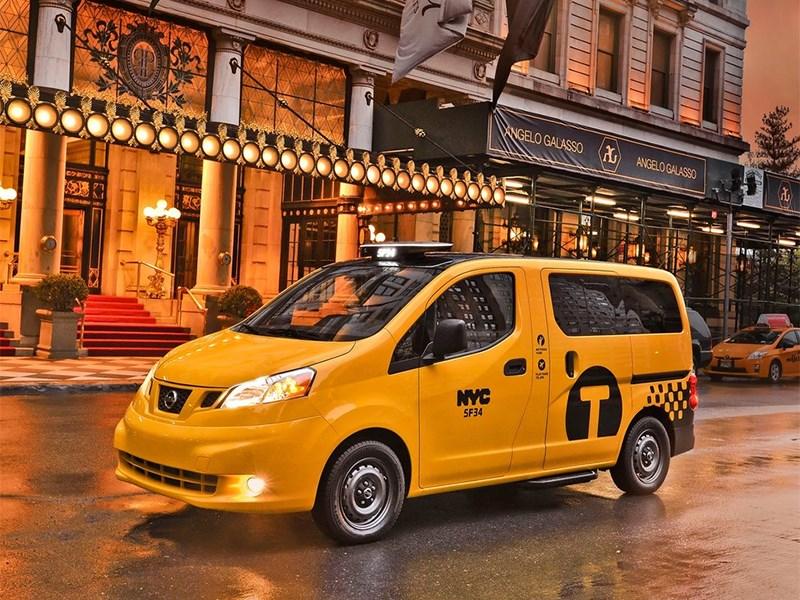 Новый Nissan NV-200 Taxi - Nissan NV200 Taxi 2014 вид сбоку