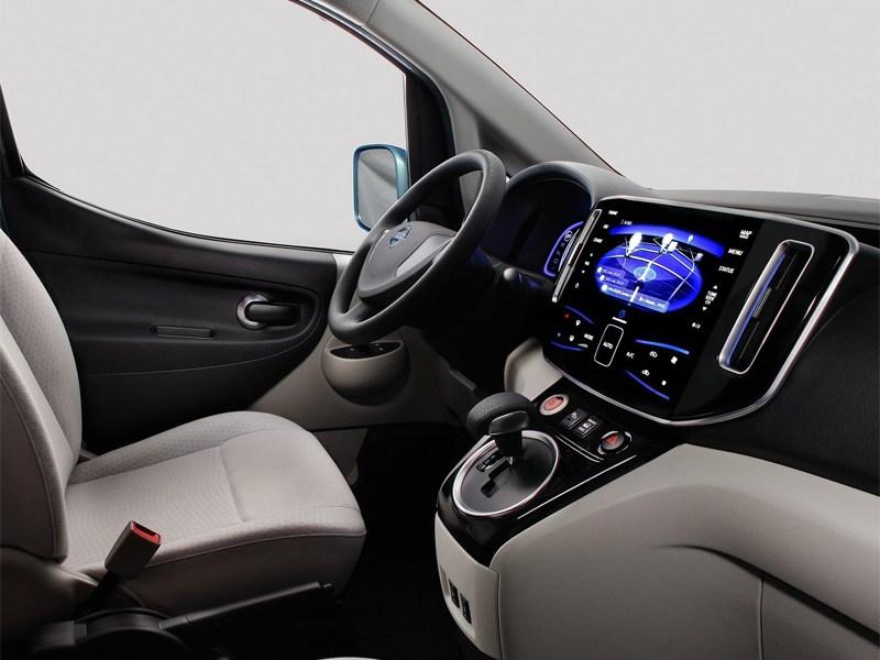 Nissan e-NV200 концепт 2012 водительское место