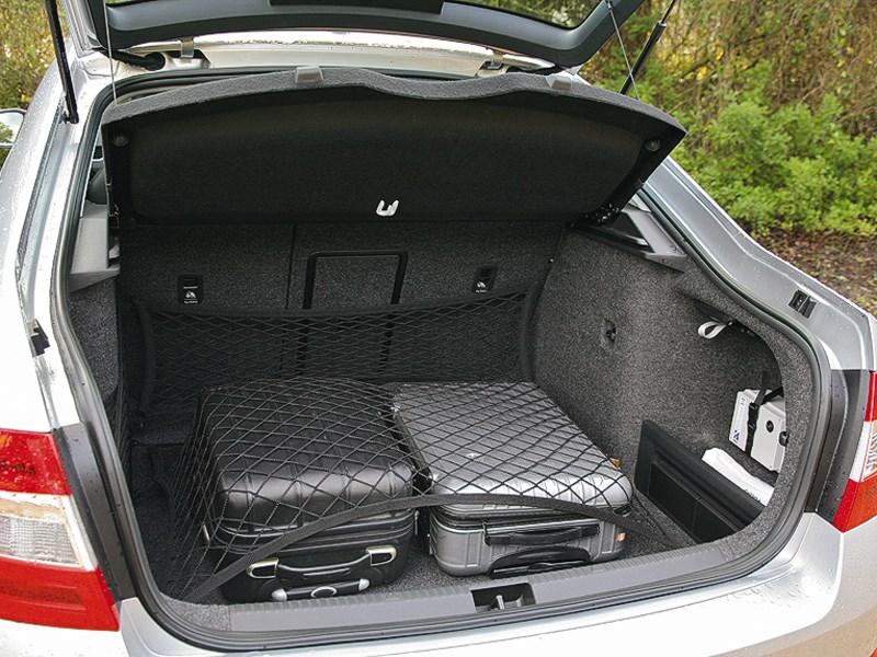 Skoda Octavia 2013 багажник