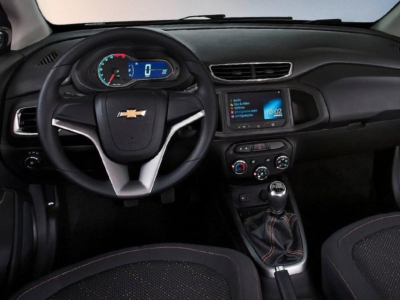 Chevrolet Onix 2013 водительское место
