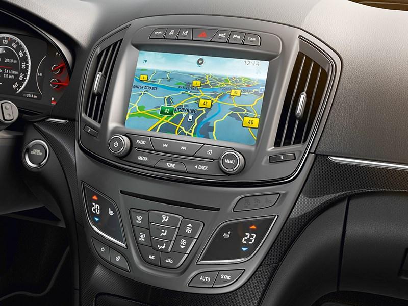 Opel Insignia Country Tourer 2014 навигатор