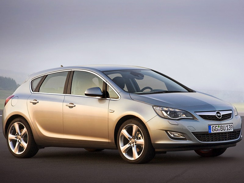 Популярный квартет (VW Golf IV, Оpel Astra, Toyota Corolla, Honda Civic) Astra поколение J