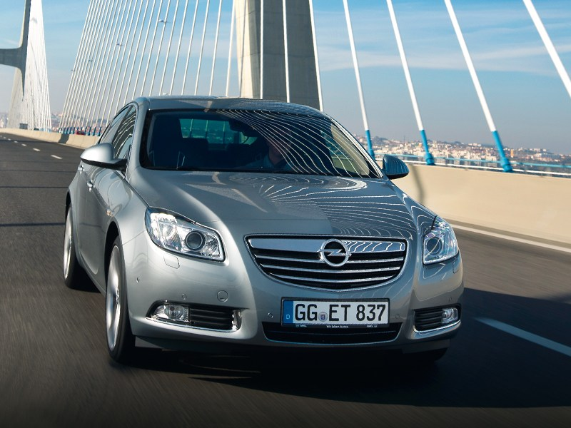 Opel Insignia - opel insignia 2012 вид спереди