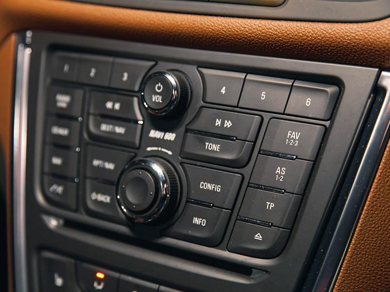 Opel Mokka 2013 центральная консоль